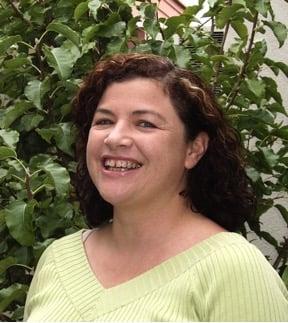 Dr Fiona Hall