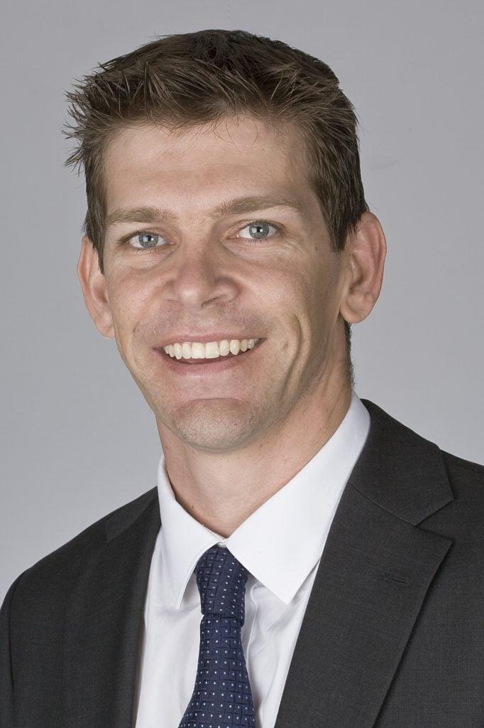 Nathan J Vujcich