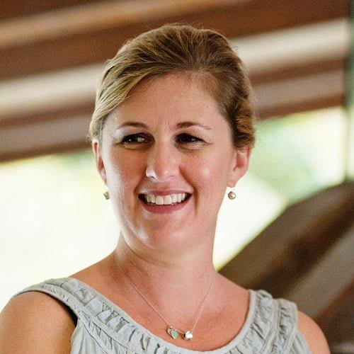 Dr Melanie McAlpine